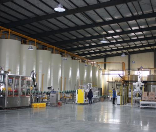 石墨烯润滑油智能化生产线